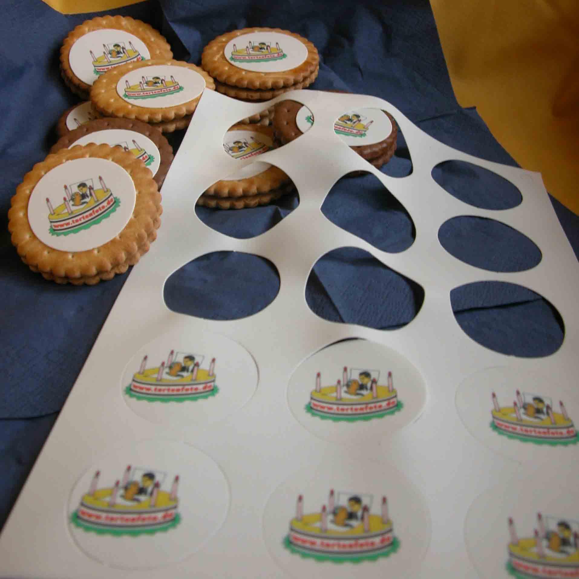 fototorte pre cuts cup cake schaumk sse muffins bestellschein kekse muffins essbare. Black Bedroom Furniture Sets. Home Design Ideas